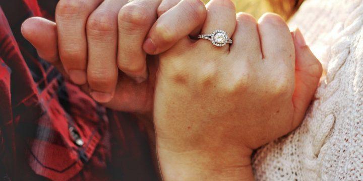 鑽石耳環和戒指選購會有什麼區別